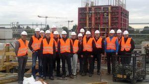 Ryhmäkuva Hampurin matkan osallistujista